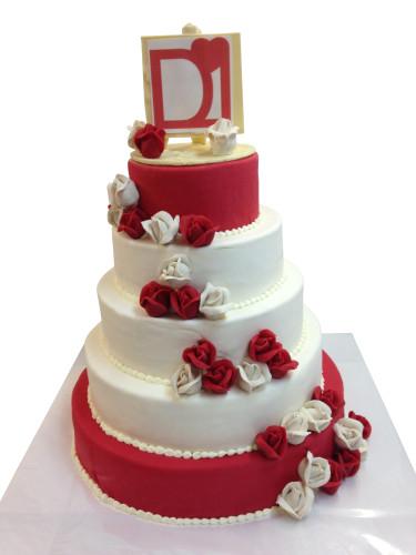 Torte Rot Weiss Hochzeitstorten Cafe Conditorei Albring Rudel